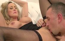 Keiran eats Brandi's pussy till she squirts